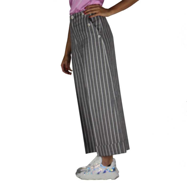 pantaloni merci righe sottili