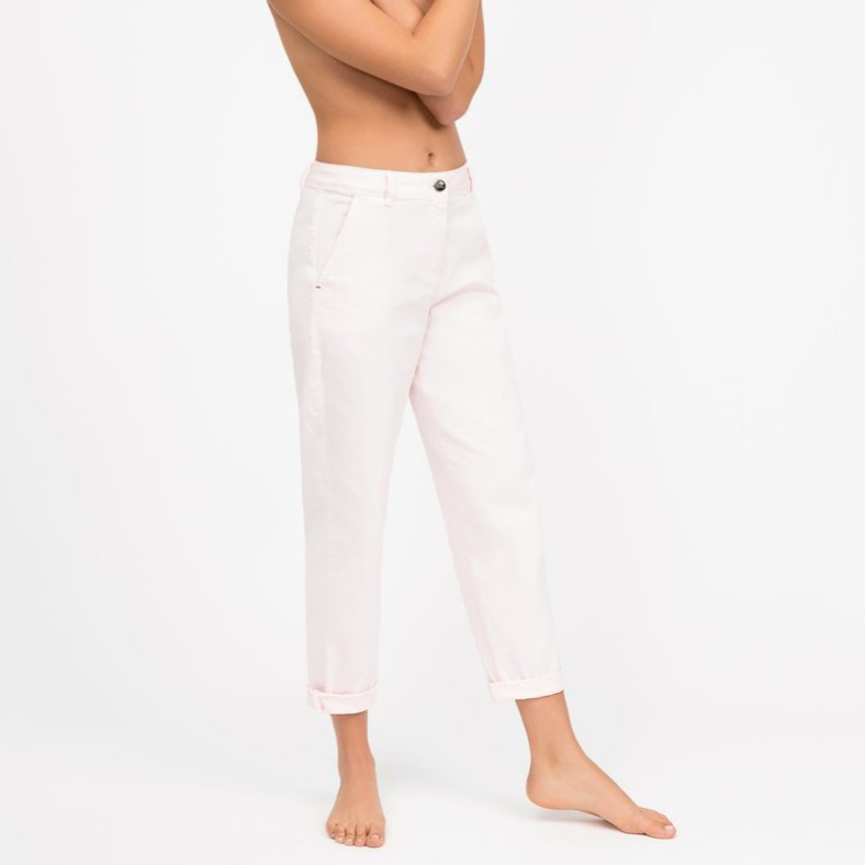 "Jeans Semicouture ""Mom"" a sigaretta"
